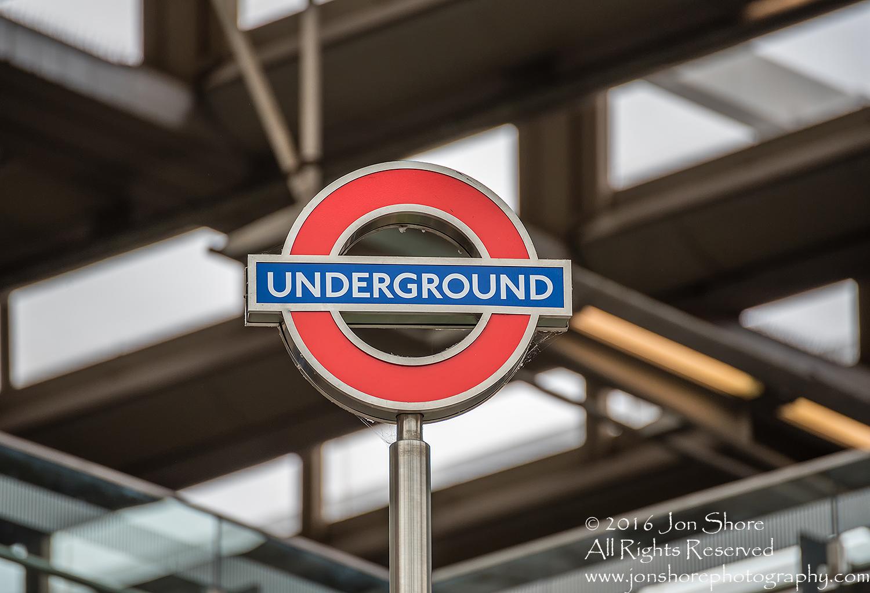 London Underground Sign Tamron 300mm